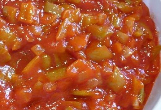 Лечо с помидорами и кабачками