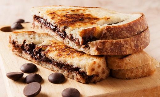 Бутерброды шоколадные на праздничный стол