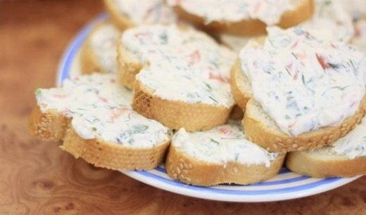 Праздничные бутерброды с кремом