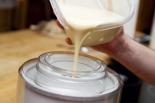 Как делают сливки из молока в домашних условиях 183