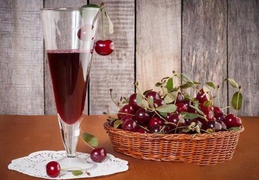 Вино вишневое из варенья