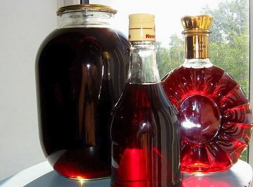Вино из забродившего домашнего компота из вишни