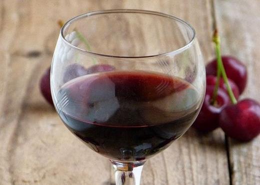 Вино крепленое из вишни