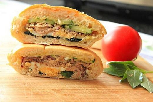 Сэндвичи быстрые с тунцом