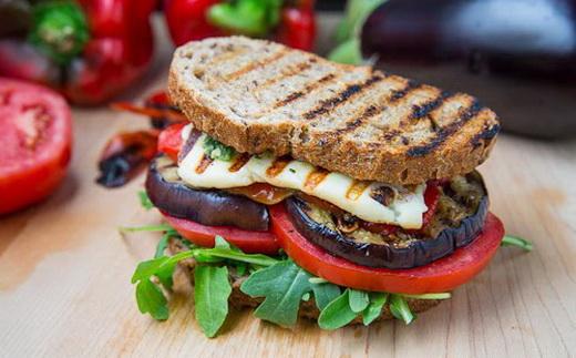 Сэндвичи простые с баклажанами