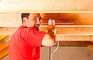Делаем ремонт своими руками: потолок, стены, пол