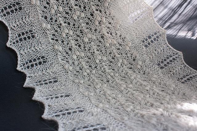 Ажурный шарф спицами как вязать