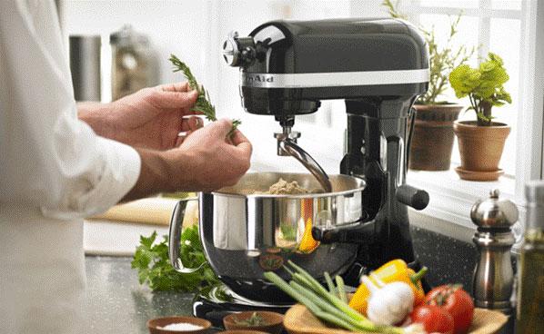 Может ли блендер заменить кухонный комбайн?