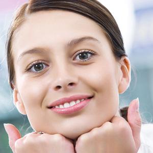Как наносить макияж на круглое лицо – правила мэйк-апа