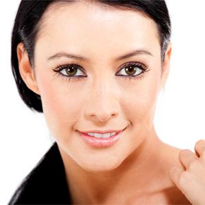 Какой подходит макияж для проблемной кожи