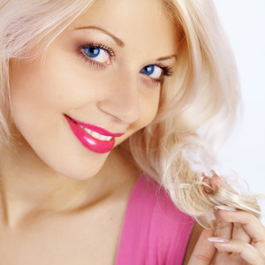 Как правильно наносить макияж на свидание | Видео урок