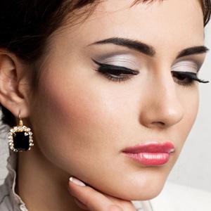 Как правильно делать макияж с подводкой | Видео урок