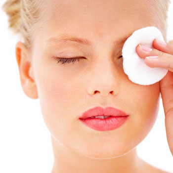 Как использовать средства для макияжа глаз?