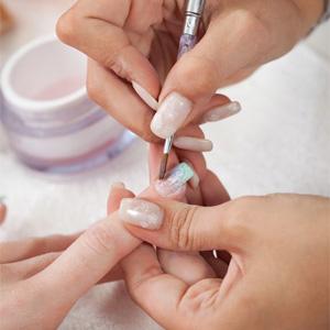 Как наращивать ногти на типсы?