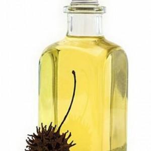 Применение касторового масла для здоровья ресниц
