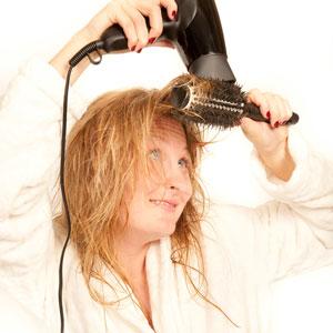 Как сушить волосы, чтобы был объем | Видео пошагово
