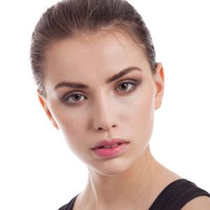 Как сделать школьный макияж с коричневыми тенями