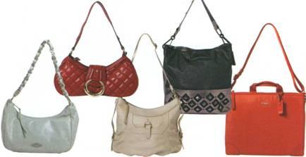 Какие сумки подходят для маленьких женщин