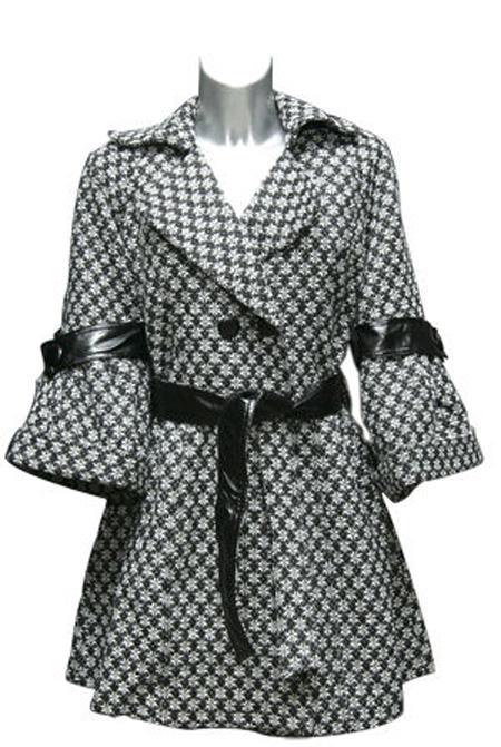 Неотъемлемая характеристика модной одежды осени 2018 – прямые и  супер-широкие рукава. Нужный эффект дает легкий клеш или крой кимоно. 589bd0eb607