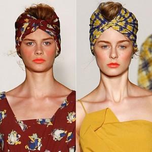 Как правильно одевать платок на голову