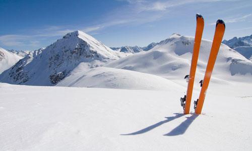 К чему снятся Лыжи во сне, сонник видеть Лыжи что означает?