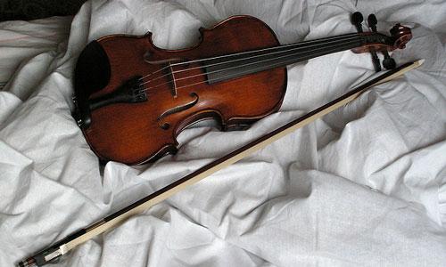 К чему снится Скрипка во сне, сонник видеть Скрипку что означает?