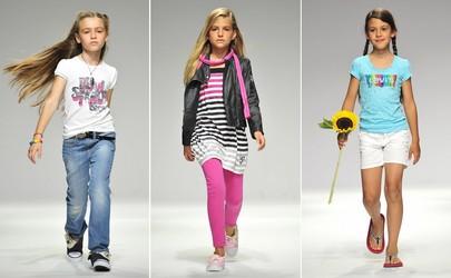 e1f03c58a521 Основные тренды сезона 2010 в детской моде – это те же тенденции, что и в  моде взрослых. Главенствуют все те же ткани, фактуры и «изюминки».